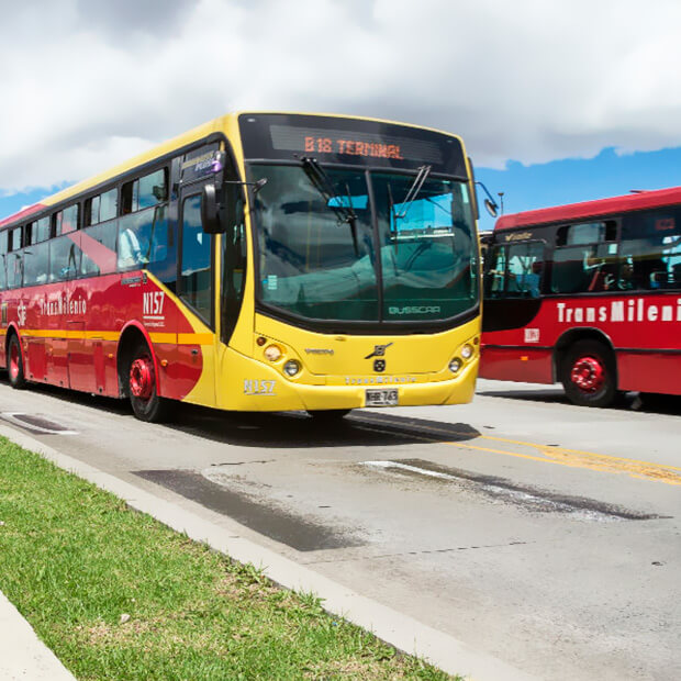 "IDU started the public tender for Transmilenio in ""Carrera 7"